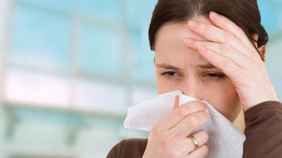 مختص في علم الأوبئة يكشف العلاقة بين الأنفلونزا الموسمية والإصابة بفيروس كورونا