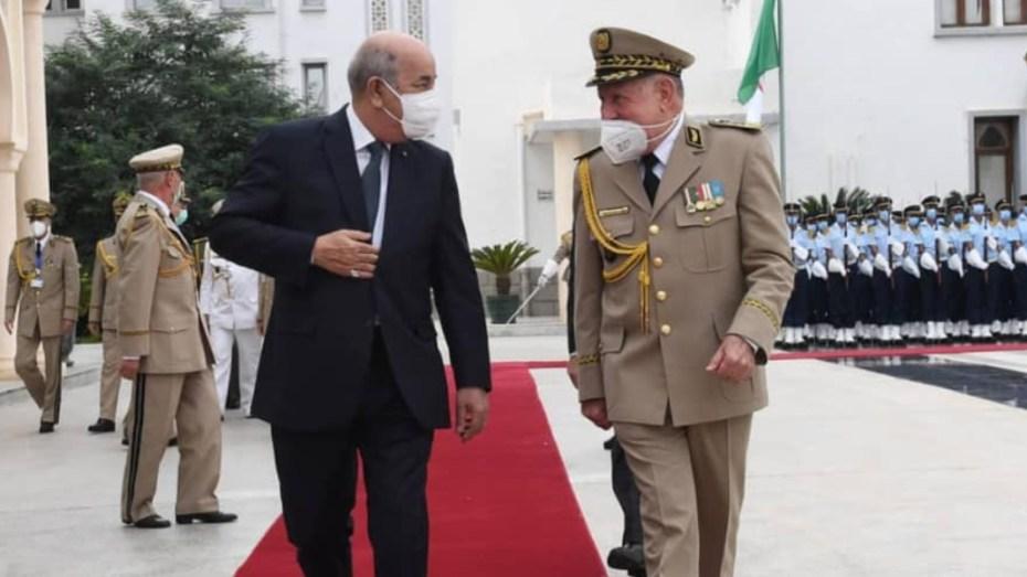 """مجلة الجيش: على الشباب الجزائري الحذر من """"كهنة معابد الفتنة"""""""
