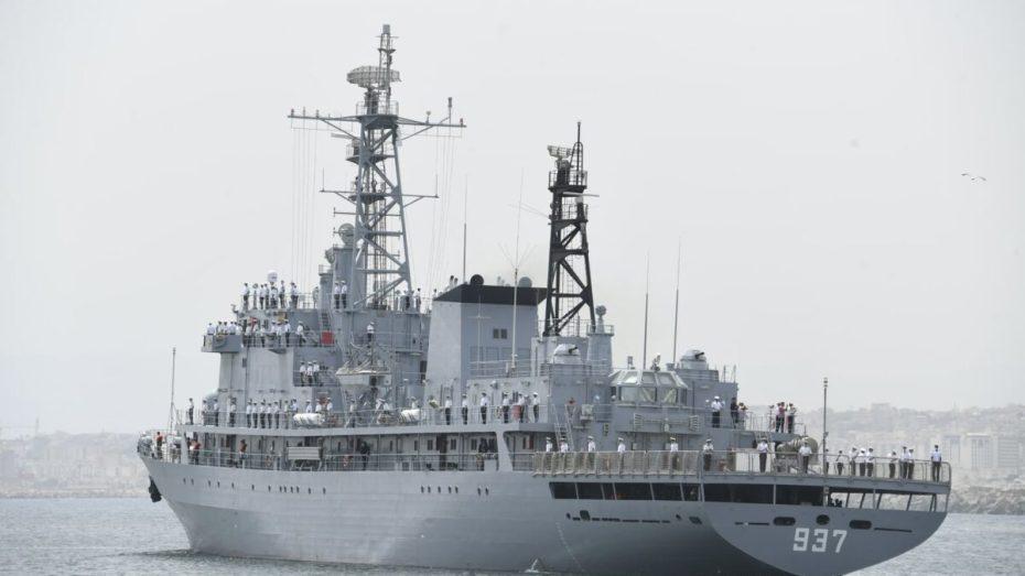 بالصور.. انطلاق سفينتين حربيتين لتنفيذ حملة تدريبية