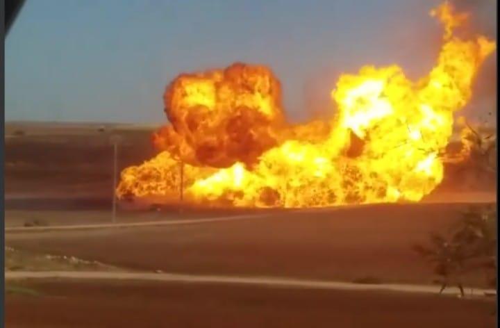فلاح يتسبب في انفجار أنبوب لنقل الغاز بمعسكر