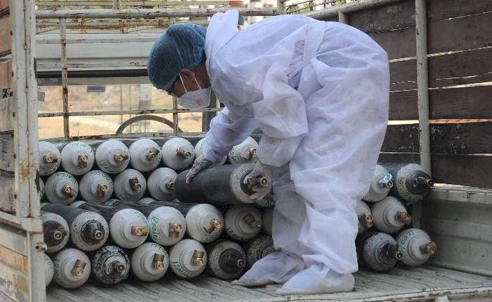 أخاموك يكشف لأوراس سبب ارتفاع أسعار قارورات الأكسجين