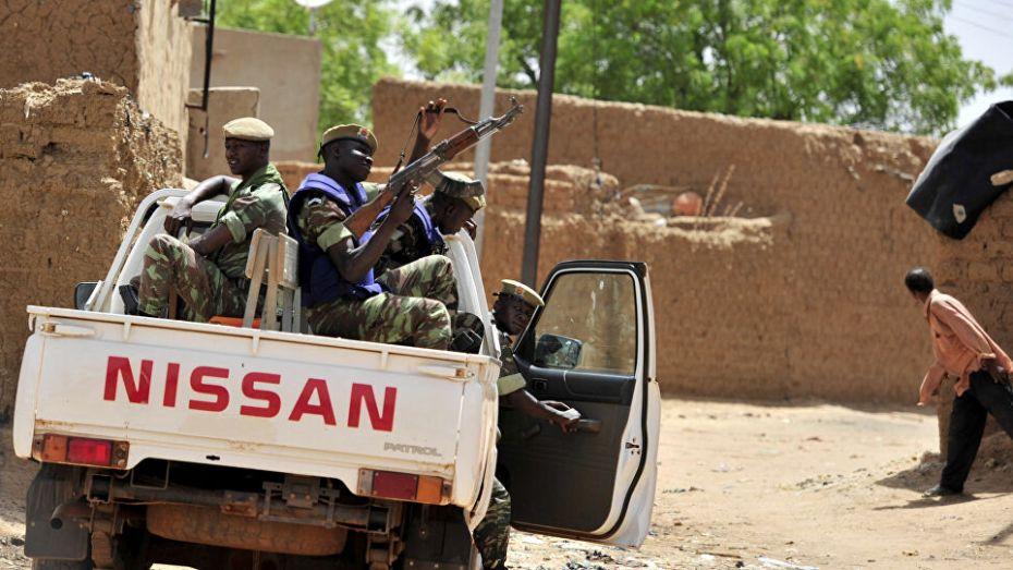 """الجزائر """"قلقة"""" من تصاعد وتيرة الهجمات الإرهابية بالساحل والصحراء"""