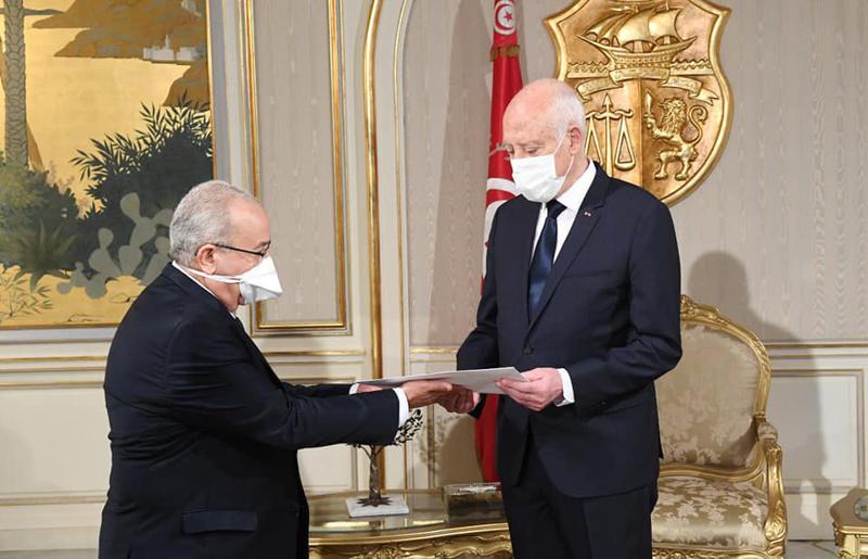 الجزائر وتونس تجريان محادثات هامة حول الوضع في الساحة المغاربية