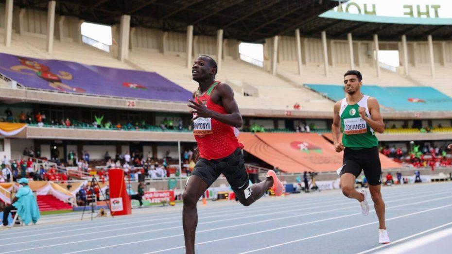 محمد علي غواند يتعرض لمحاولة فاشلة من الكينيين لتجريده من ميداليته العالمية