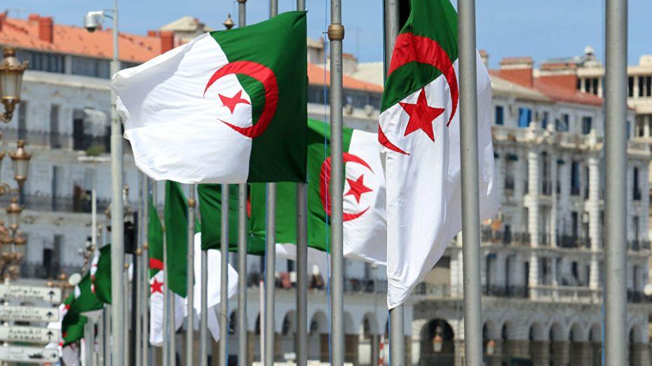 الأخلاق الديبلوماسية للجزائر.. رفض الضغط السياسي مقابل مسح الديون