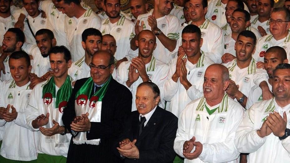 أبرز إنجازات الكرة الجزائرية في عهد الرئيس الراحل بوتفليقة