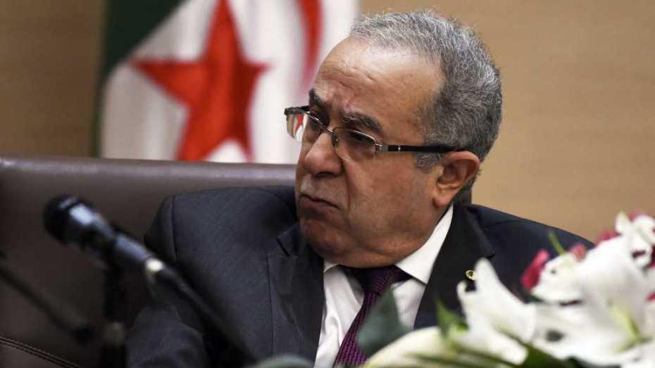 لعمامرة يحذر من تأثير الخروج الفوضوي للقوات الأجنبية من ليبيا على دول الجوار
