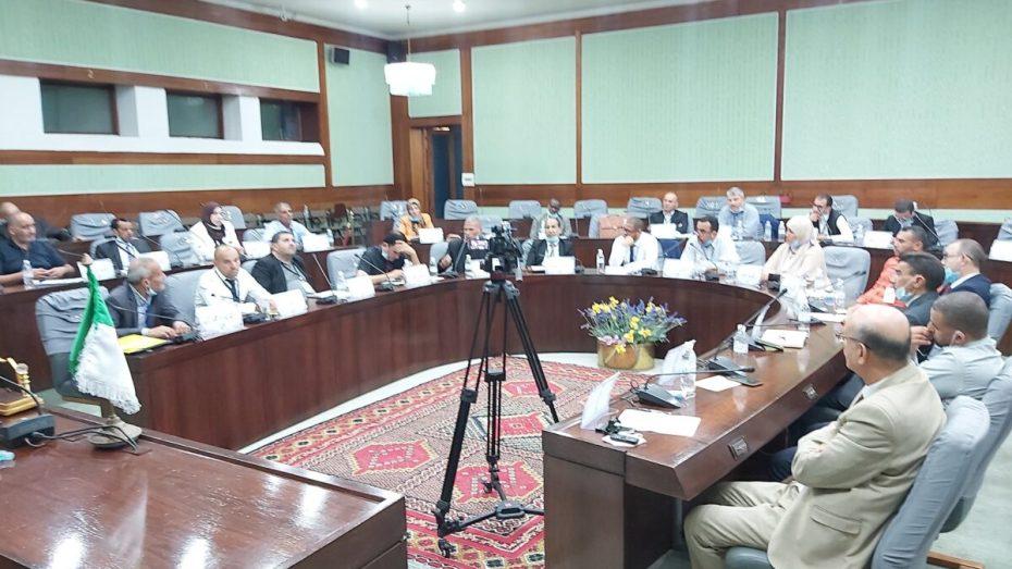 اجتماع مرتقب بين سلطة الانتخابات وممثلي الأحزاب