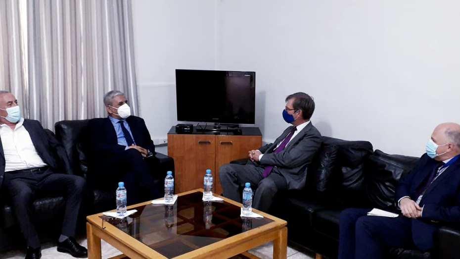 سفير الاتحاد الأوروبي الجديد يستهل نشاطه في الجزائر بزيارة حزب الأرسيدي