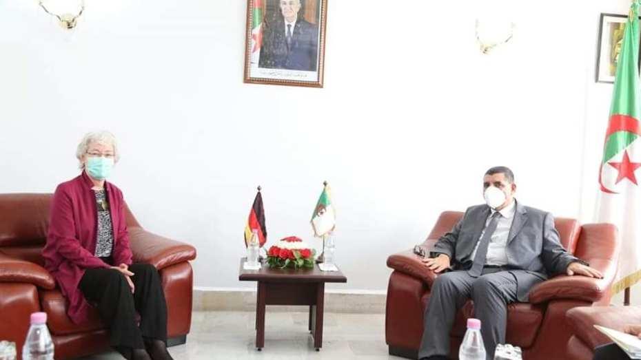 سفيرة ألمانيا تطالب برفع الرحلات الجوية بين بلادها والجزائر