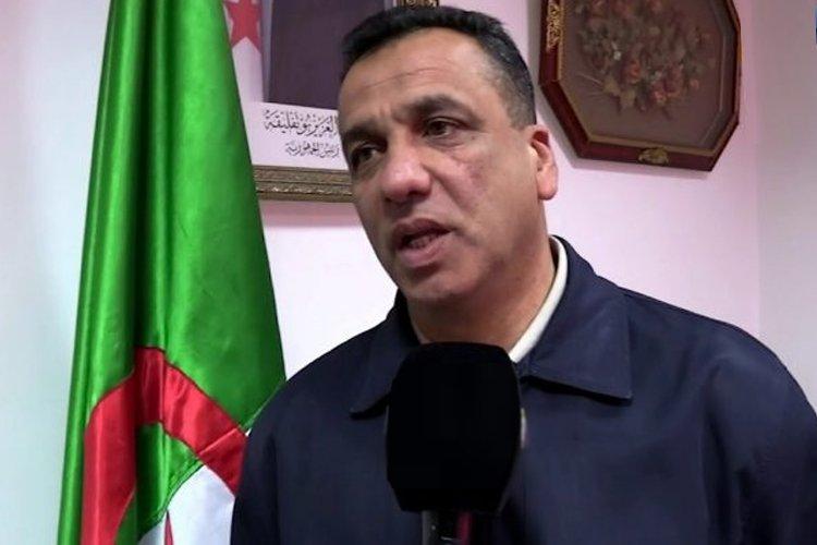 بالفيديو.. ناصري يرد على انتقادات بلماضي اللاذعة بخصوص ملعب البليدة