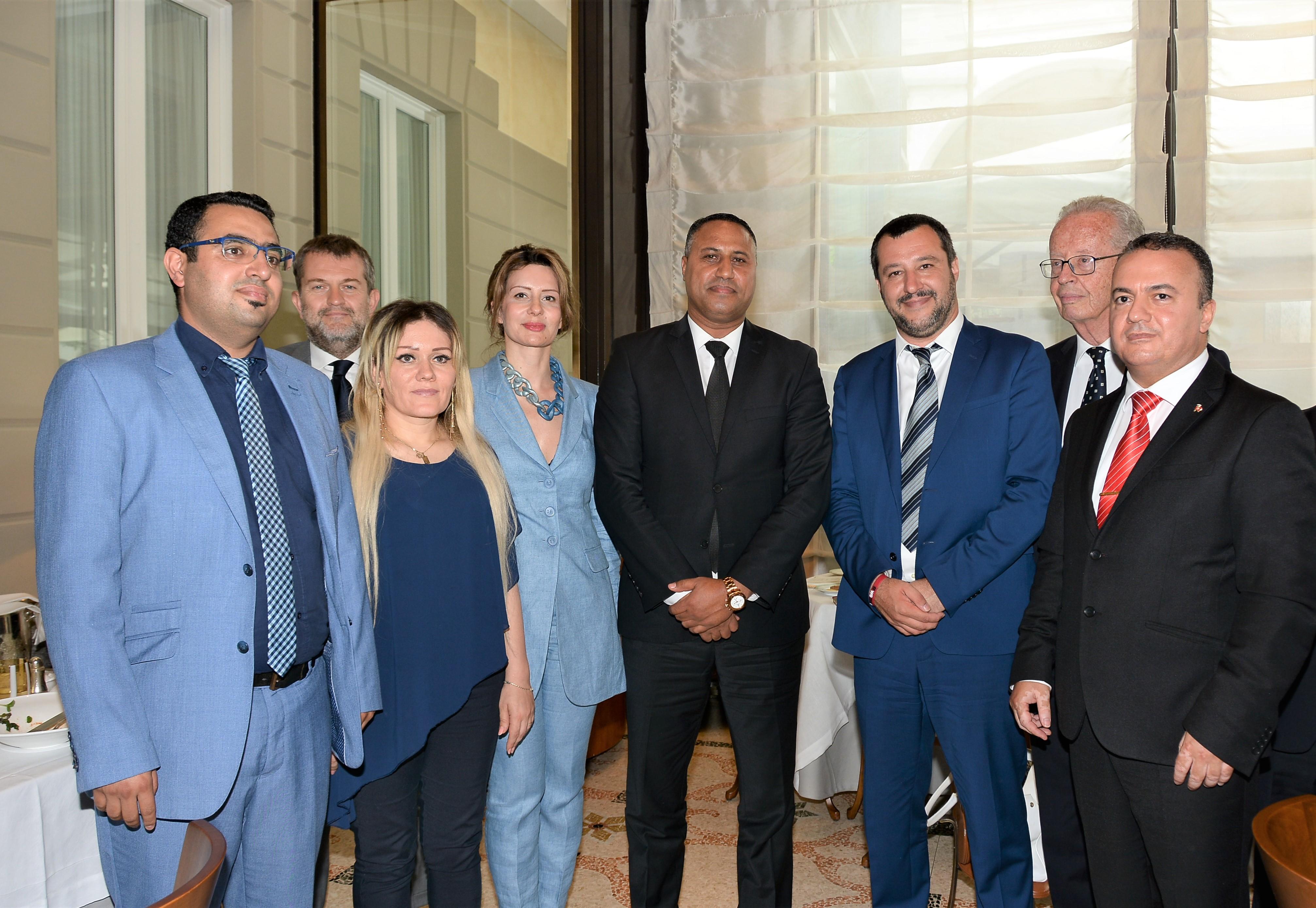 Dans une rencontre inopinée avec des députés tunisiens à Milan