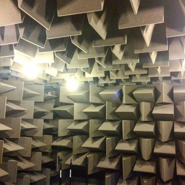 Hemi-anechoic chamber. Such a weird feeling beeing in one of these, I would love to do some tests one day. #ReproducedSound2016