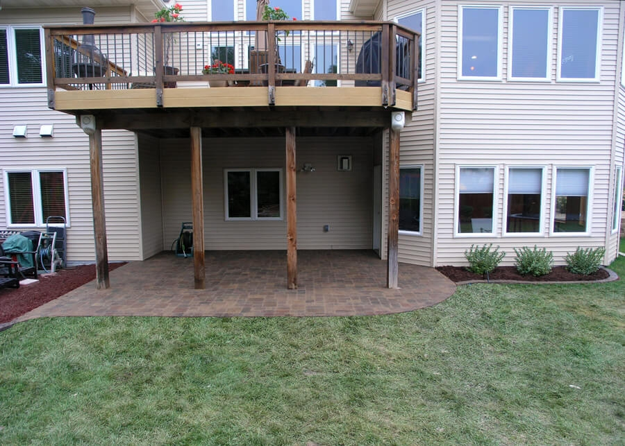 Deck Vs Patio Steps Down From House To Patio Axel Landscape   Patio With Stairs From House   Concrete Slab   Simple   Back Yard   Composite Decking   Main Entrance Stamped Concrete Front