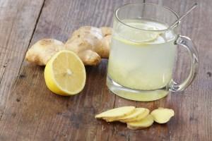 Citron- och ingefäravatten