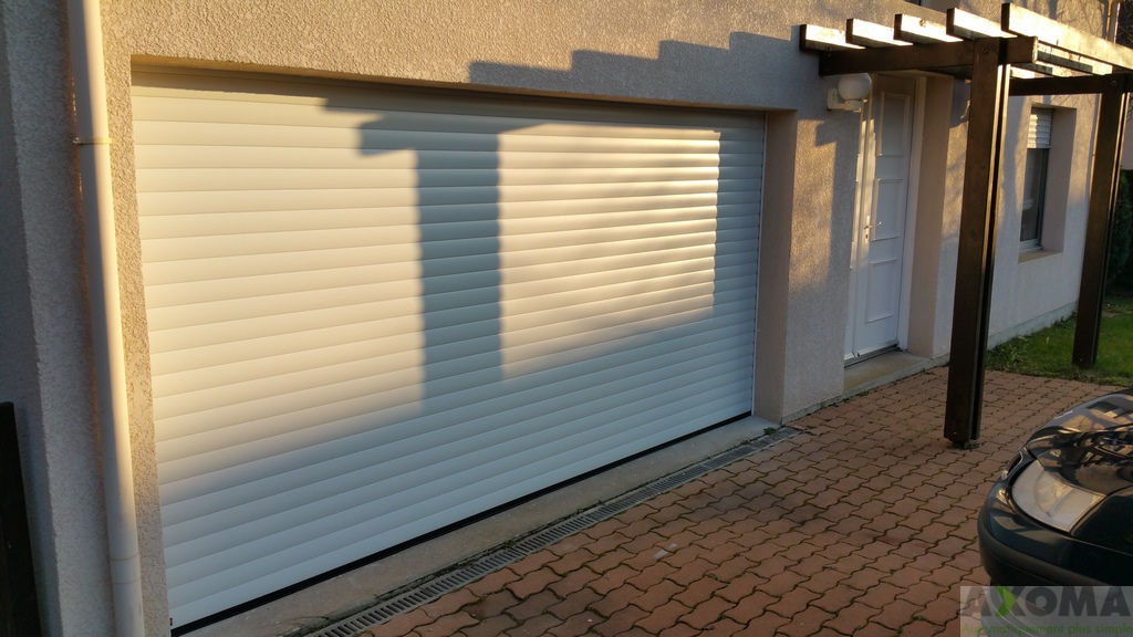 porte de garage enroulable hormann rollmatic blanche
