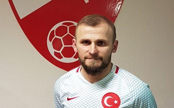 Orhan Özkaya