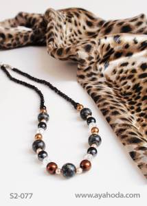 Image of Beige Czech Glass Bead Necklace & Shawl Set S2-077