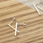 linear_earrings_2