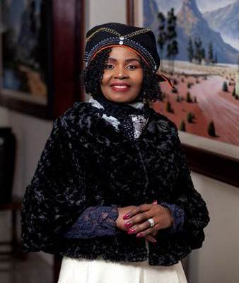 Dr Vuyokazi Mahlati announced AWCA Woman of Substance for 2019
