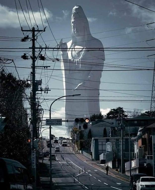 【海外】「デカすぎてちょっと怖い・・」仙台にある巨大観音像に海外もびっくり仰天!