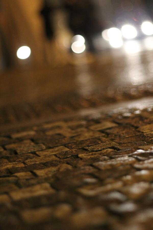 RadkaZK_pavement_at_nigght_detail