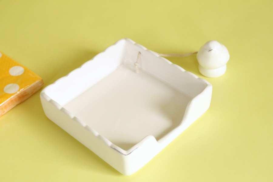 Ceramic Bird Napkin Holder White Willow Box august 2017