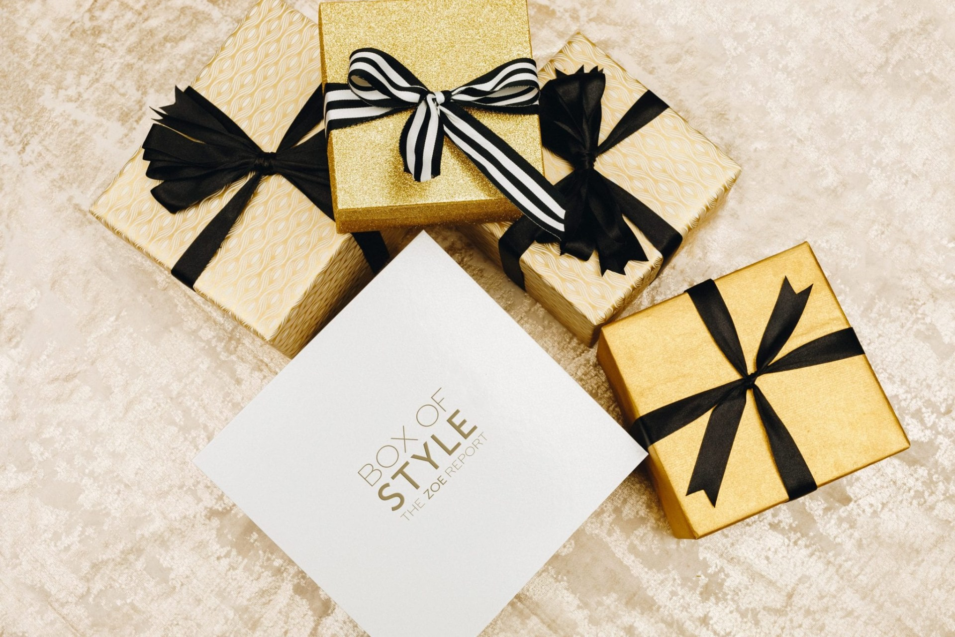 Box of Style is a seasonal subscription box curated by The Zoe Report, the online style destination from stylist, designer and editor Rachel Zoe.