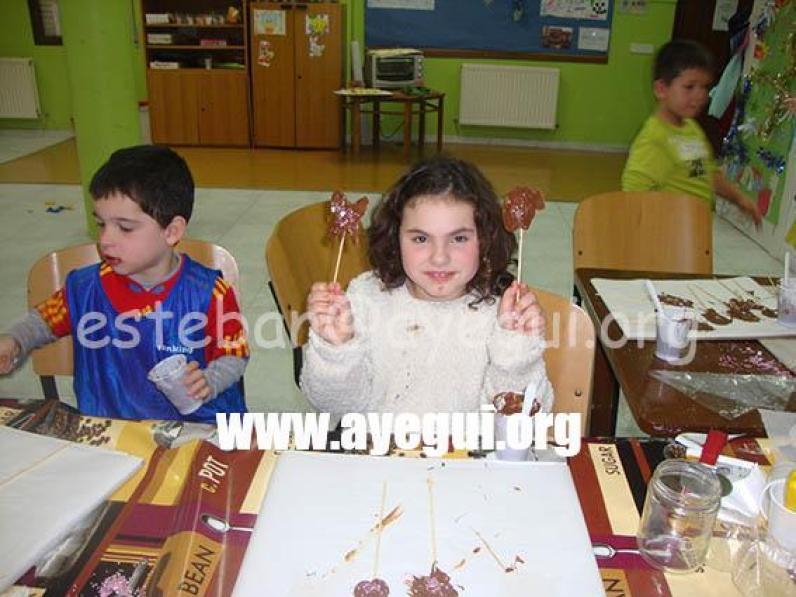 Ludoteca_2015-Taller_de_chocolate-Galerias-Ayuntamiento-de-Ayegui (31)