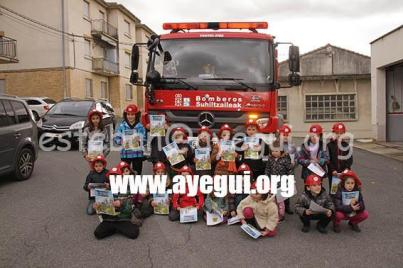 Ludoteca_2015-Visita_al_parque_de_bomberos-Galerias-Ayuntamiento-de-Ayegui (103)