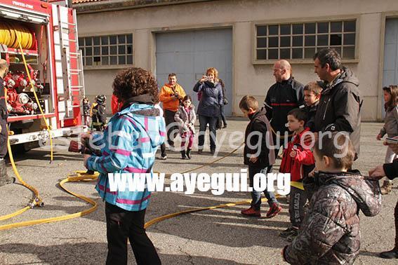 Ludoteca_2015-Visita_al_parque_de_bomberos-Galerias-Ayuntamiento-de-Ayegui (11)