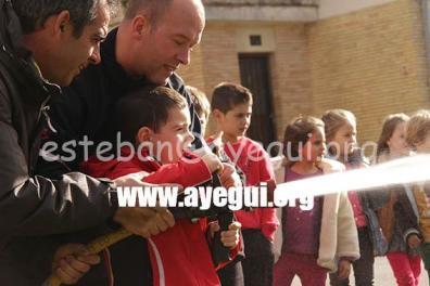 Ludoteca_2015-Visita_al_parque_de_bomberos-Galerias-Ayuntamiento-de-Ayegui (17)
