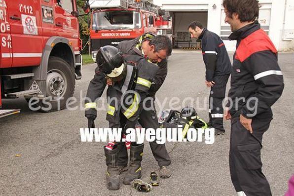 Ludoteca_2015-Visita_al_parque_de_bomberos-Galerias-Ayuntamiento-de-Ayegui (32)