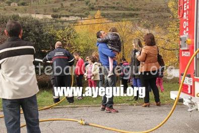 Ludoteca_2015-Visita_al_parque_de_bomberos-Galerias-Ayuntamiento-de-Ayegui (35)