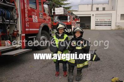Ludoteca_2015-Visita_al_parque_de_bomberos-Galerias-Ayuntamiento-de-Ayegui (40)