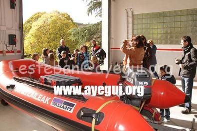 Ludoteca_2015-Visita_al_parque_de_bomberos-Galerias-Ayuntamiento-de-Ayegui (7)