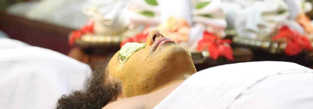 Ayurvedic Facial Beauty Treatment – Soundaryavardhini