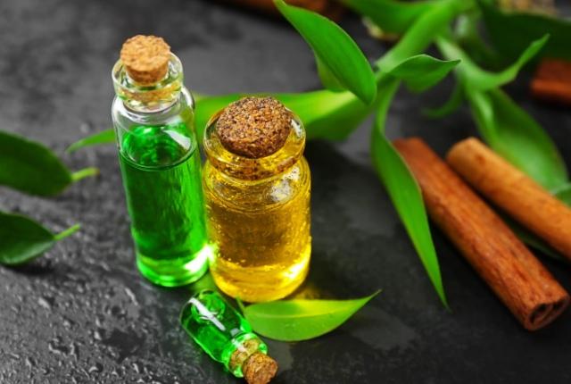Use Tea Tree Oil On The Mole