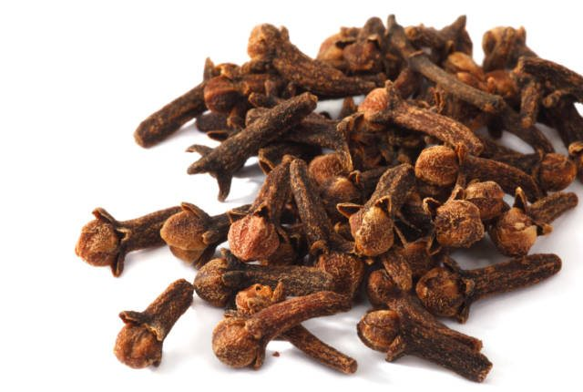 Take The Help Of Cloves