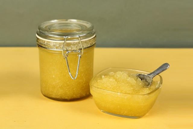 Olive Oil Salt And Honey Massage