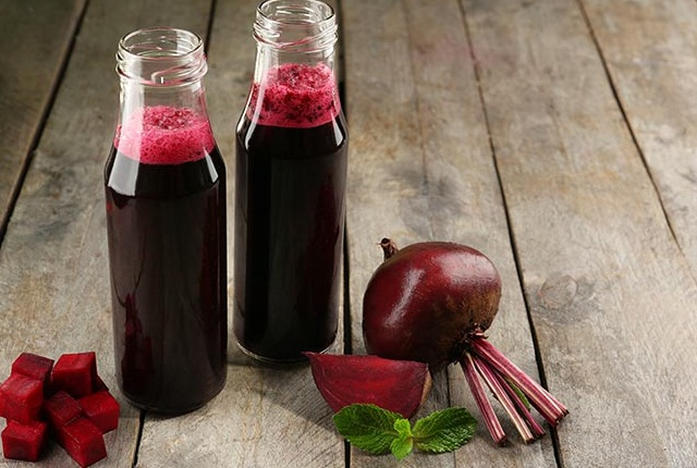 Rub A Slice Of Beetroot Juice