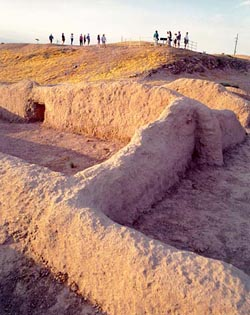 Pueblo Grande platform mound, northwest corner, compound in foreground Courtesy of Pueblo Grande Museum, City of Phoenix