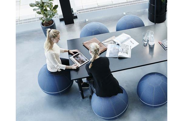 siege ballon ergonomique contre le mal de dos au bureau azergo