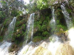Één van de vele mooie watervallen. El Nicho