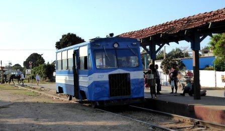 De bustrein, treinbus of zoiets. Trinidad