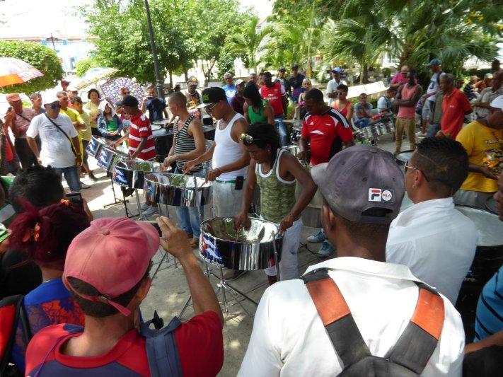 Live muziek is overal in Cuba. Las Tunas