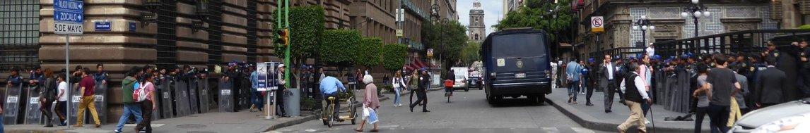 """Hier snappen tenminste wat """"meer 'blauw' op straat"""" betekent. Mexico City"""