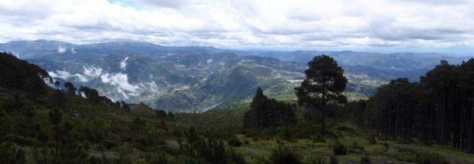 Mooi uitzichtje op de terugweg vanaf Tajumulco.