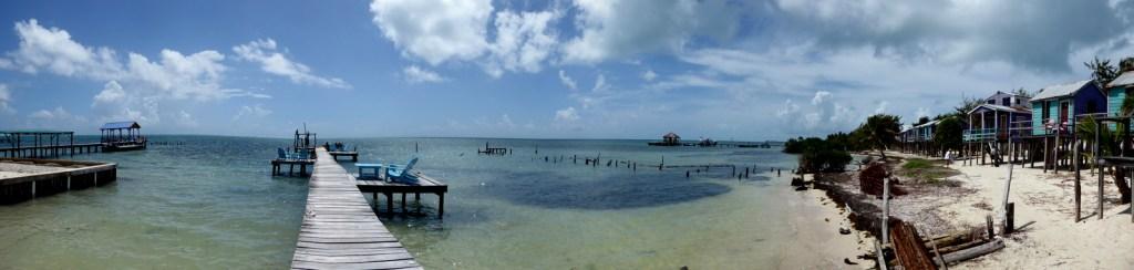 Onze 'stabiele' orkaan-proof hutjes op Caye Caulker.