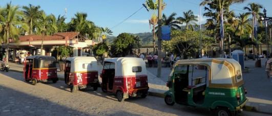Tuktuks! Copán Ruinas